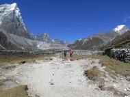 Khumbu Khola Valley heading towards Periche