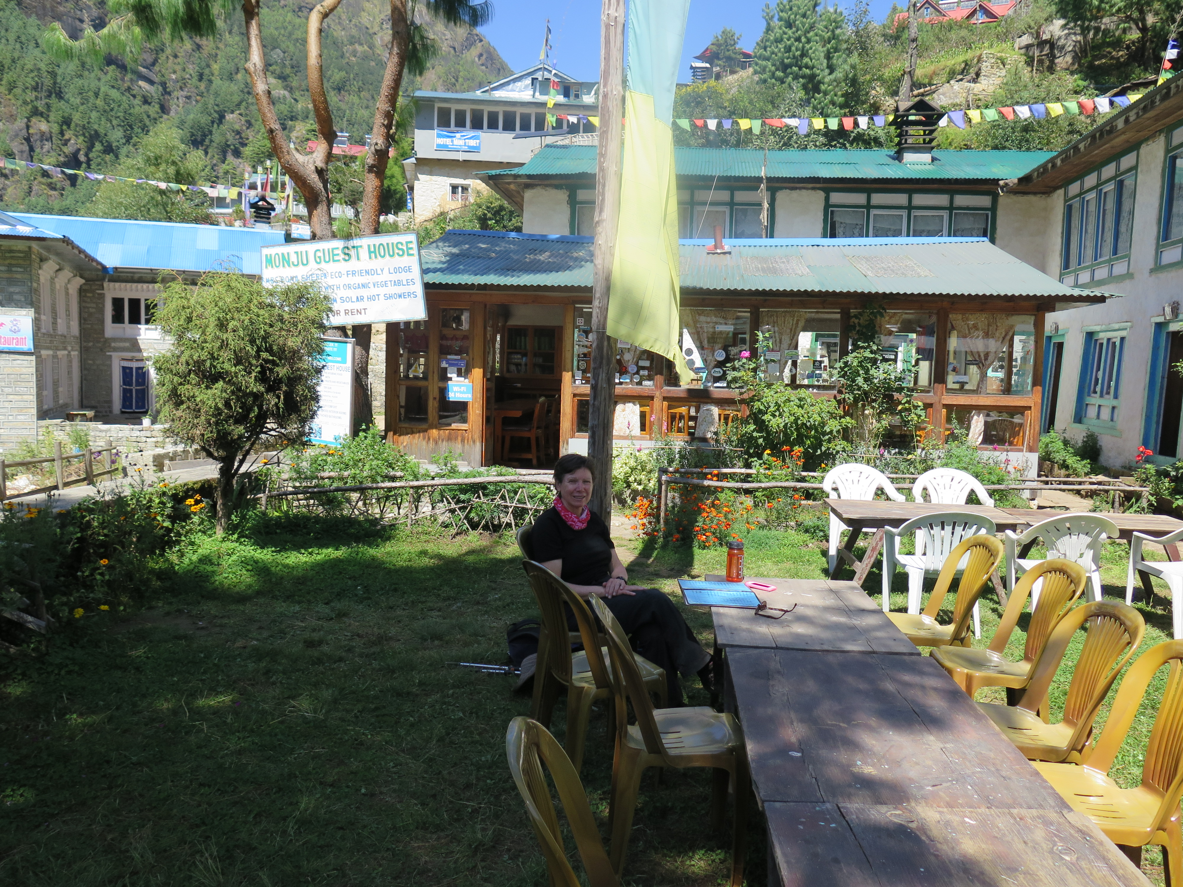 Monju Guest House EBC Trek Trail Nepal