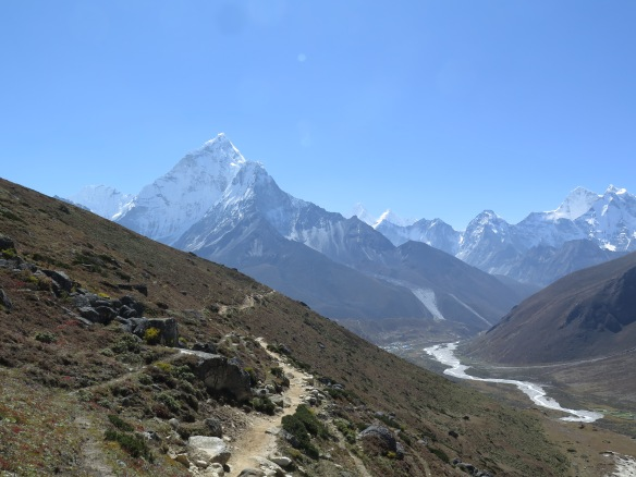 EBC Trek Dingboche to Dughla above Periche
