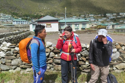Chance encounter in Khumjung